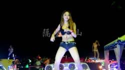 隔壁泰山 DJ3esr王赫 美女热舞汽车音响视频