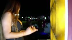 饥饿世界 DJ小鱼儿 美女热舞汽车音响视频